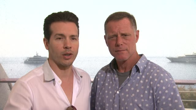 interview jon seda jason beghe on the city being like another character in the show at 54th montecarlo television festival day 4 on june 10 2014 in... - seda stock videos & royalty-free footage
