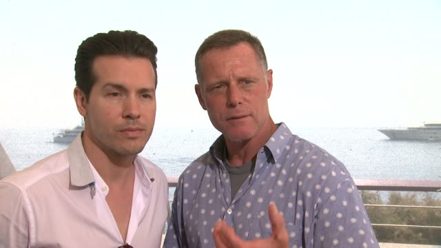 interview jon seda jason beghe on working on chicago pd at 54th montecarlo television festival day 4 on june 10 2014 in montecarlo monaco - seda stock videos & royalty-free footage