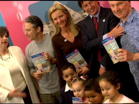 jon stewart joan allen chip gibson jim jinkins and guests at the new national literacy campaign 'get ready to read' introduced by 'noggin' at barnes... - joan allen stock videos and b-roll footage