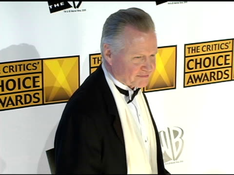 jon voight at the 2005 critics' choice awards at the wiltern theater in los angeles california on january 10 2005 - wiltern theatre stock videos and b-roll footage