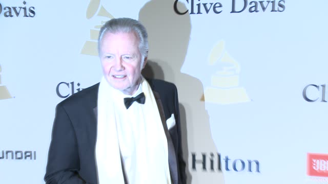 jon voight at the pregrammy gala and salute to industry icons honoring martin bandier at the beverly hilton hotel on february 07 2015 in beverly... - the beverly hilton hotel stock videos & royalty-free footage