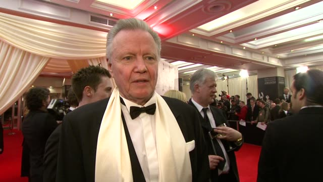 jon voight on john boorman getting the lifetime achievement award and on how he deals with award shows and why this one is special at the irish film... - television awards stock videos & royalty-free footage