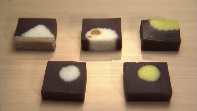 jo-namagashi, a kind of japanese traditional sweets, wagashi - fünf gegenstände stock-videos und b-roll-filmmaterial