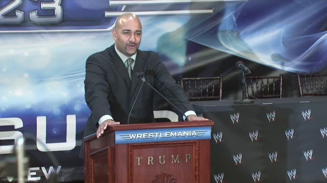 Jonathan 'Coach' Coachman hypes up the crowd at the Donald Trump and World Wrestling Entertainment News Conference for WrestleMania 23 at Trump...