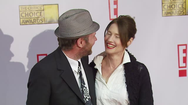 Jonathan Dayton and Valerie Faris at the Broadcast Film Critics Association's 2007 Critic's Choice Awards at Santa Monica Civic Auditorium in Santa...