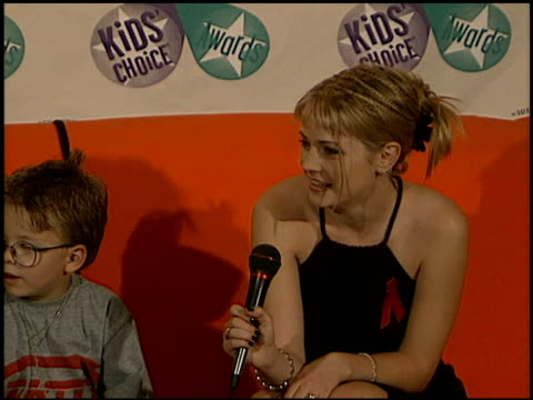 jonathan lipnicki at the 1997 nickelodeon kids' choice awards press room at grand olympic auditorium in los angeles, california on april 19, 1997. - nickelodeon stock videos & royalty-free footage