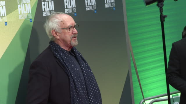 jonathan pryce at 'the man who killed don quixote' uk premiere - 62nd bfi london film festival on october 16, 2018 in london, england. - ジョナサン・プライス点の映像素材/bロール