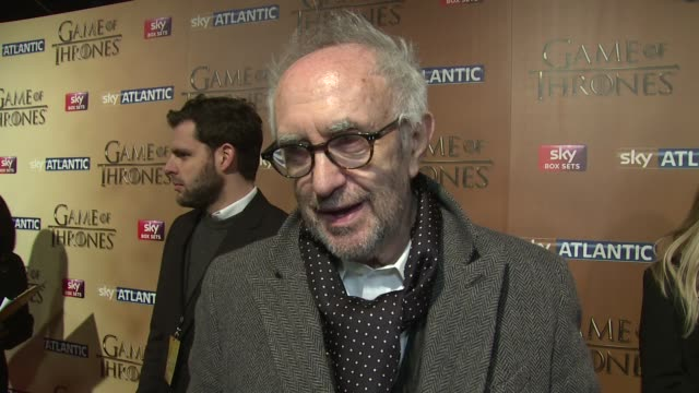 jonathan pryce on the new series, co-stars and the most powerful moments at 'game of thrones 5' - world premiere on 18th march 2015 in london,... - ジョナサン・プライス点の映像素材/bロール