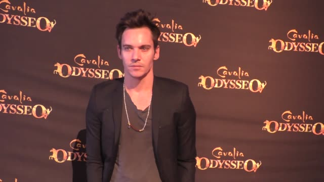 jonathan rhys meyers at the premiere of cavalia's odysseo at the white big top in irvine at celebrity sightings in los angeles on february 06, 2016... - irvine verwaltungsbezirk orange county stock-videos und b-roll-filmmaterial