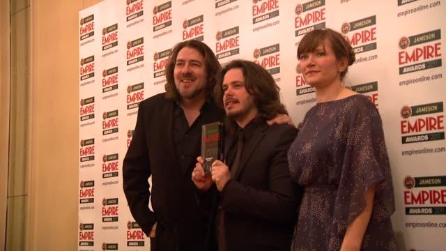jonathan ross, edgar wright, jessica hynes at the jameson empire awards at london england. - イギリスのブロードキャスター ジョナサン・ロス点の映像素材/bロール