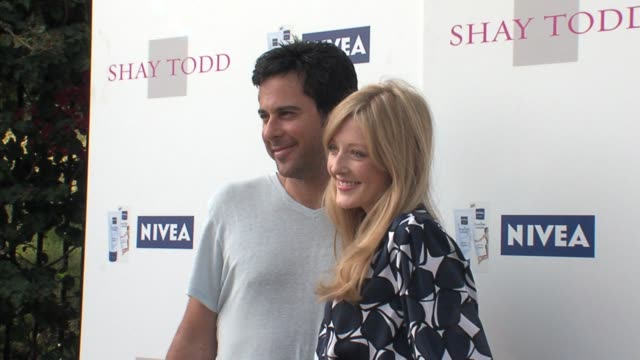 Jonathan Silverman and Jennifer Finnigan at the SHAY TODD CELEBRATES STORE OPENING AND SHOWCASES THE SUMMER 2007 COLLECTION Presented By Nivea...