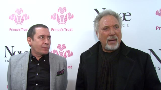 jools holland and sir tom jones on preforming together and for the prince's trust. *guardian & telegraph out* at the prince's trust rock gala 2010... - jools holland stock-videos und b-roll-filmmaterial