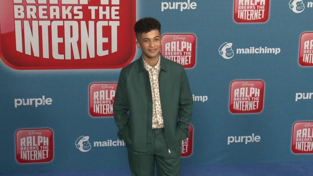 """jordan fisher at the """"ralph breaks the internet"""" world premiere at the el capitan theatre on november 05, 2018 in hollywood, california. - el capitan theatre stock videos & royalty-free footage"""