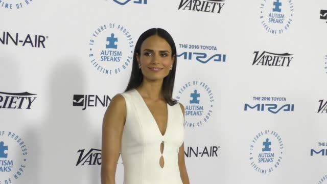jordana brewster at the autism speaks to los angeles celebrity chef gala at barker hangar on october 08, 2015 in los angeles, california. - jordana brewster stock videos & royalty-free footage