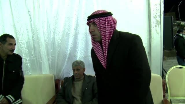 vídeos y material grabado en eventos de stock de jordania anuncio este jueves haber lanzado varios bombardeos contra posiciones del grupo estado islamico tras haber prometido responder a la... - jueves
