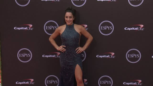 vídeos de stock, filmes e b-roll de jordyn wieber at the 2018 espys at microsoft theater on july 18 2018 in los angeles california - espy awards