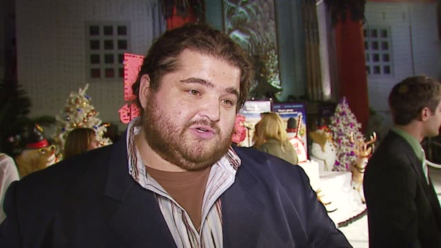 jorge garcia on why he wanted to do this film, how he'll spend the holidays, the impact of 'lost' around the world at the 20th century fox's 'deck... - 20th century fox stock videos & royalty-free footage