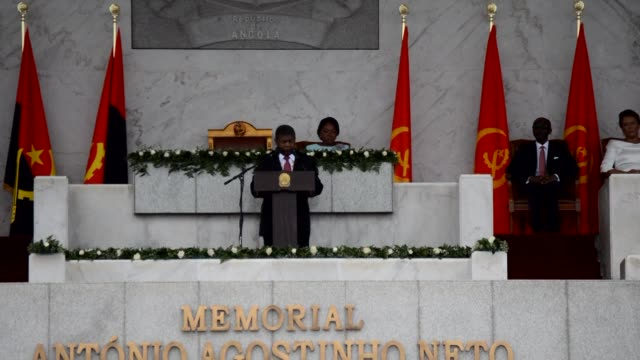 jose eduardo dos santos's 38 year reign over angola comes to an end as his hand picked successor joao lourenco is inaugurated in luanda - nachfolger stock-videos und b-roll-filmmaterial
