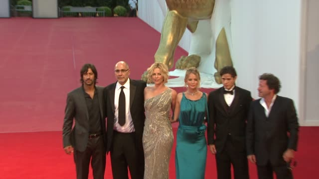 stockvideo's en b-roll-footage met jose maria yazpik director guillermo arriaga actresses charlize theron and jennifer lawrence actors jd pardo and joaquim de almeida at the 65th... - pardo