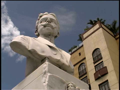 cu, la, jose marti marble bust, havana, cuba  - bust sculpture stock videos and b-roll footage