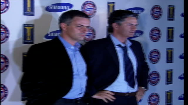 jose mourinho leaves chelsea fc by 'mutual consent' london madame tussaud's photography *** mourinho posing for photocall with his waxwork model - chelsea f.c stock videos & royalty-free footage