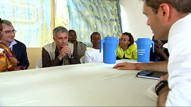 vídeos de stock e filmes b-roll de jose mourinho meets hiv patients and hungry children in africa; int jose mourinho interview with reporter and others in shot sot - - i think this is... - retrovírus