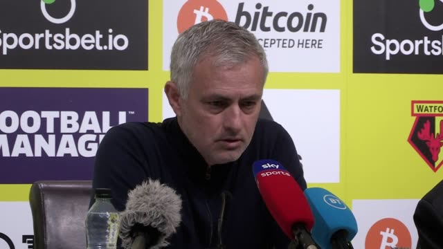 jose mourinho thinks tottenham would probably have won their 00 draw at watford if they had a replacement for harry kane spurs have now gone four... - harry kane soccer player stock videos & royalty-free footage