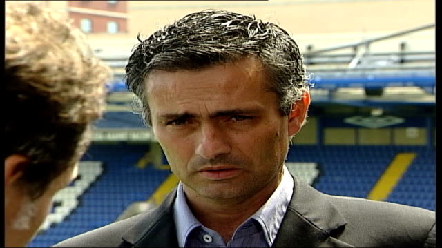 jose mourinho unveiled as new chelsea manager itn chelsea stamford bridge mourinho as davies asks question sot jose mourinho interview sot i am ready... - chelsea f.c stock videos & royalty-free footage