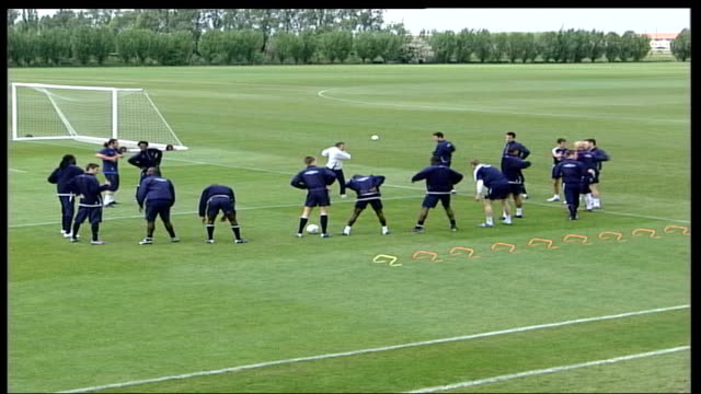 jose mourinho unveiled as new chelsea manager lib london chelsea team on training field with claudio ranieri - chelsea f.c stock videos & royalty-free footage