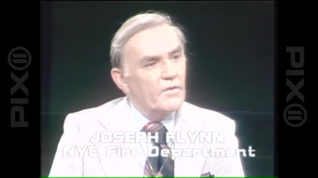 joseph flynn of the fire department of the city of new york addresses criticism in response to the new york city blackout 1977 on july 14 1977 in new... - fire department of the city of new york stock-videos und b-roll-filmmaterial