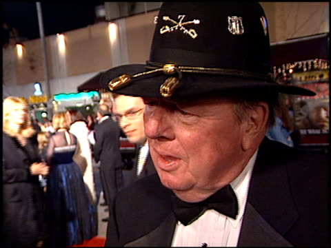 joseph galloway at the 'we were soliders' premiere at the mann village theatre in westwood california on february 22 2002 - regency village theater stock-videos und b-roll-filmmaterial