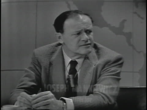mcu joseph mankiewicz director of the film cleopatra discusses his feelings toward movie criticsboth positive and negative sot but on the whole i'm... - cleopatra stock videos & royalty-free footage