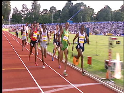 joseph mutua wins, men's 800m, 2004 crystal palace athletics grand prix, london - 800 meter stock videos & royalty-free footage