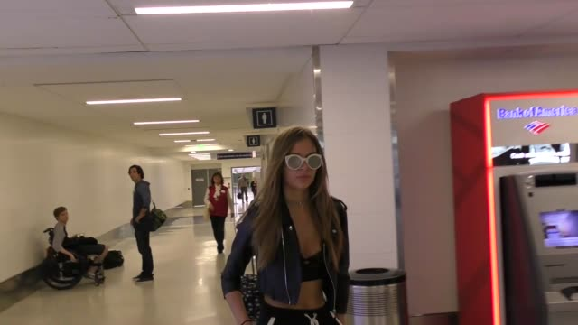 vídeos y material grabado en eventos de stock de interview josephine skriver talks about how tmz was rude to her mom while arriving at lax airport in los angeles in celebrity sightings in los angeles - entrevista acontecimiento