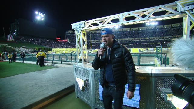 vídeos y material grabado en eventos de stock de speech josh duhamel at monster jam celebrity event at angel stadium on february 24 2018 in anaheim california - angel stadium