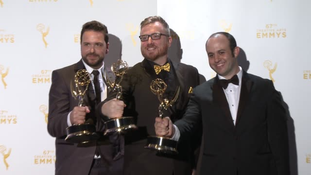 josh earl alexander rubinow and alex durham at the 2015 creative arts emmy awards at microsoft theater on september 12 2015 in los angeles california - emmy awards stock-videos und b-roll-filmmaterial