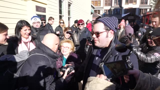 stockvideo's en b-roll-footage met josh gad gives dr ruth westheimer a kiss on the lips at sundance film festival on main street in park city utah in celebrity sightings in park city - sundance film festival