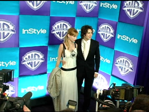 josh groban and january jones at the in style magazine and warner brothers studios 6th annual golden globe party at the beverly hilton in beverly... - ジャニュアリー・ジョーンズ点の映像素材/bロール