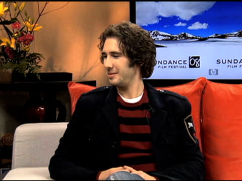josh groban on john lennon and bob marley as the artists he would've most liked to have had the chance to play with at the josh groban interview at... - ボブ・マーリー点の映像素材/bロール