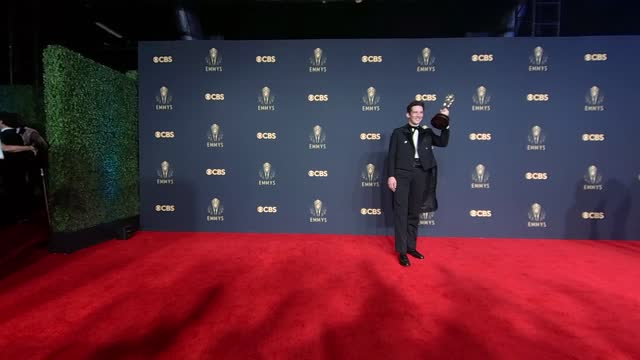 vídeos y material grabado en eventos de stock de josh o'connor, winner of the outstanding lead actor in a drama series award for 'the crown,' poses in the press room during the 73rd primetime emmy... - premios emmy