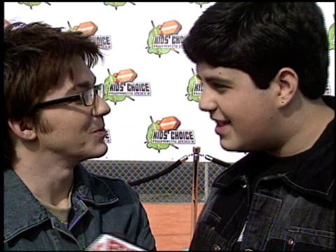 josh peck at the 2003 kids' choice awards at barker hanger in santa monica california on april 12 2003 - nickelodeon kids' choice awards stock videos & royalty-free footage