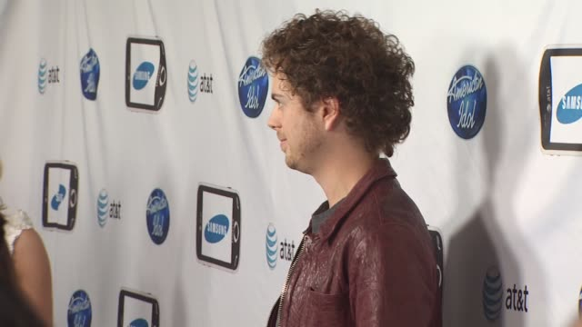 josh sussman at the 'american idol' top 24 semi-finalists event at west hollywood ca. - 準決勝点の映像素材/bロール