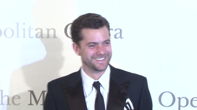 Joshua Jackson at the The Metropolitan Opera's 125th Anniversary Gala at New York NY