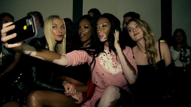 jourdan dunn, jessica hart, winnie harlow at lfw: on-schedule: versus- s/s17 catwalk show at on september 17, 2016 in london, england. - fashion show stock videos & royalty-free footage