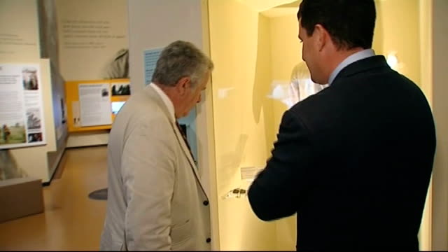 stockvideo's en b-roll-footage met exhibition about war correspondents at imperial war museum north england manchester imperial war museum north int former bbc news reporter martin... - imperial war museum museum