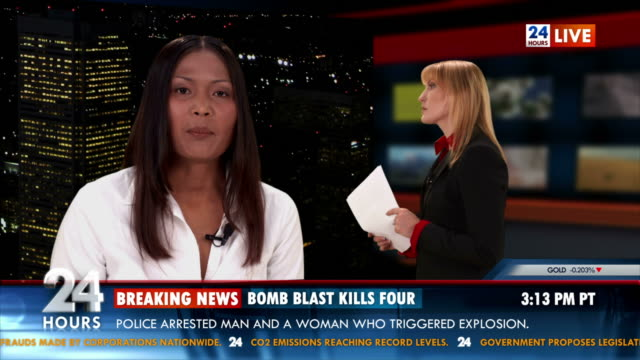 stockvideo's en b-roll-footage met hd: journalist reporting live in studio - terrorisme