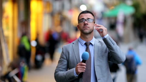 journalist reporting live in tv news  newscaster - presenter stock videos & royalty-free footage