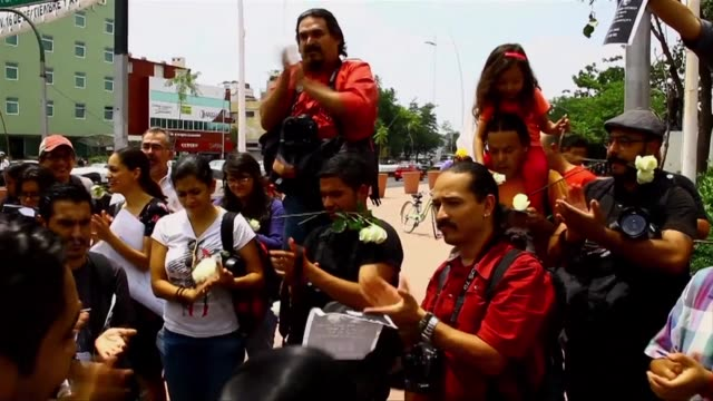 journalists held protests in various cities in mexico on sunday to ask for justice for photojournalist ruben espinosa who was among five people found... - photojournalist stock videos & royalty-free footage