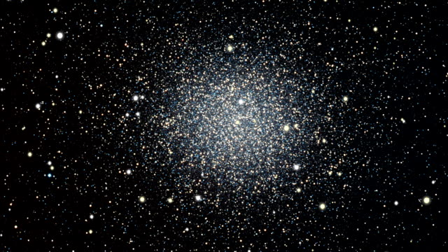 journey to the omega centauri, globular star cluster - galaxie stock-videos und b-roll-filmmaterial
