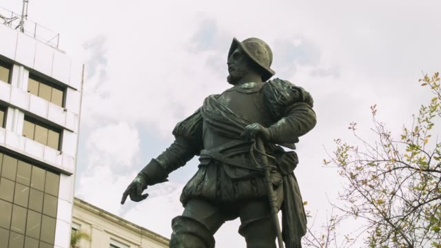 MS Juan de Garay statue near Casa Rosada shot on the 29th of July 2014